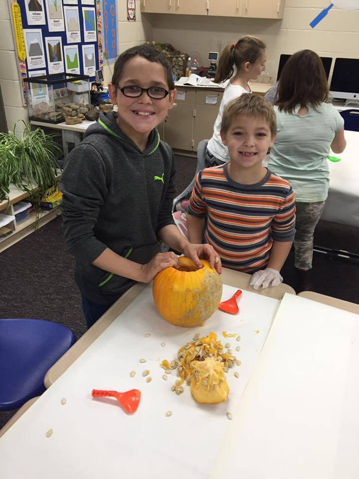Mrs. Merckle's 4th Grade Pumpkin Lab